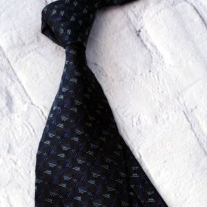XMI Platinum Tie